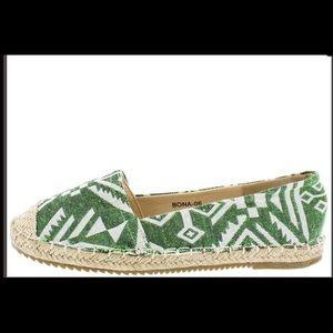 Shoes - Cute tribal print espadrille slip on flats